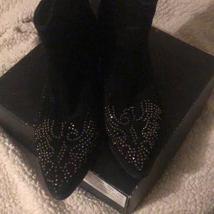 Reba Dillinger Black Suede Boot 10M